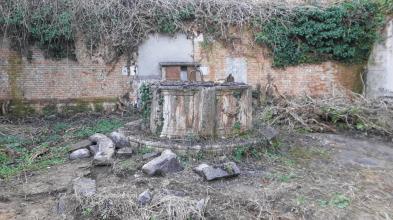 010 vera da pozzo Campo San Francesco - Bonifica Gasometri Venezia