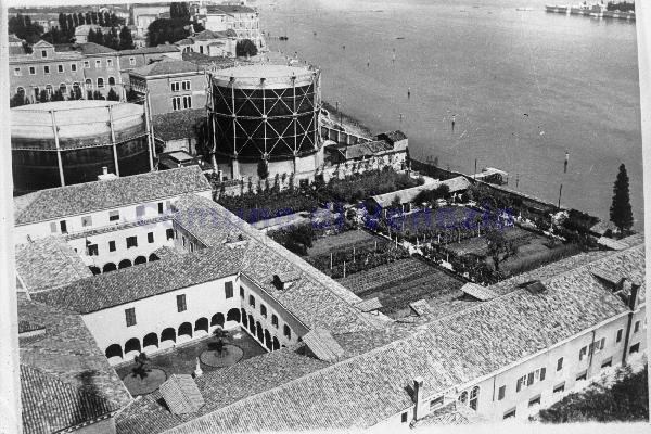 1969 foto storica 3 - Bonifica Gasometri Venezia