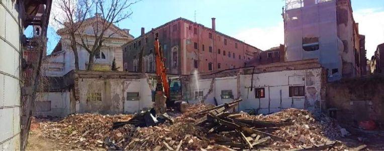 015 Fase Aprile 2020 - Bonifica Gasometri Venezia © MTK Gasometri Venezia Srl - Demolizione edificio G finale - Copia