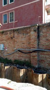 05 palancole hot spot lato muro luglio 2020 - Bonifica Gasometri Venezia