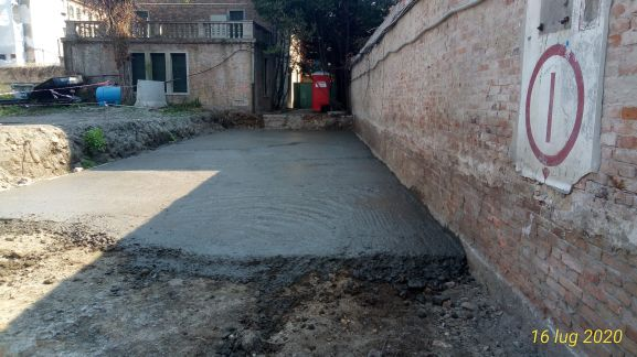 06 pellet stesura e scavo fronte muro scuole e sistema brevettato mapei - Bonifica Gasometri Venezia
